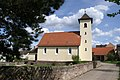 Friedhof und ev. Kirche Obermutschelbach - panoramio.jpg