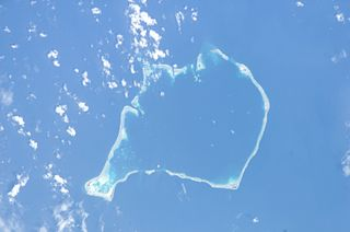 Pukasavilivili Islet in Tuvalu