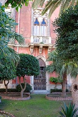 Giardino palazzo Ortigia, Siracusa (Sicilia)