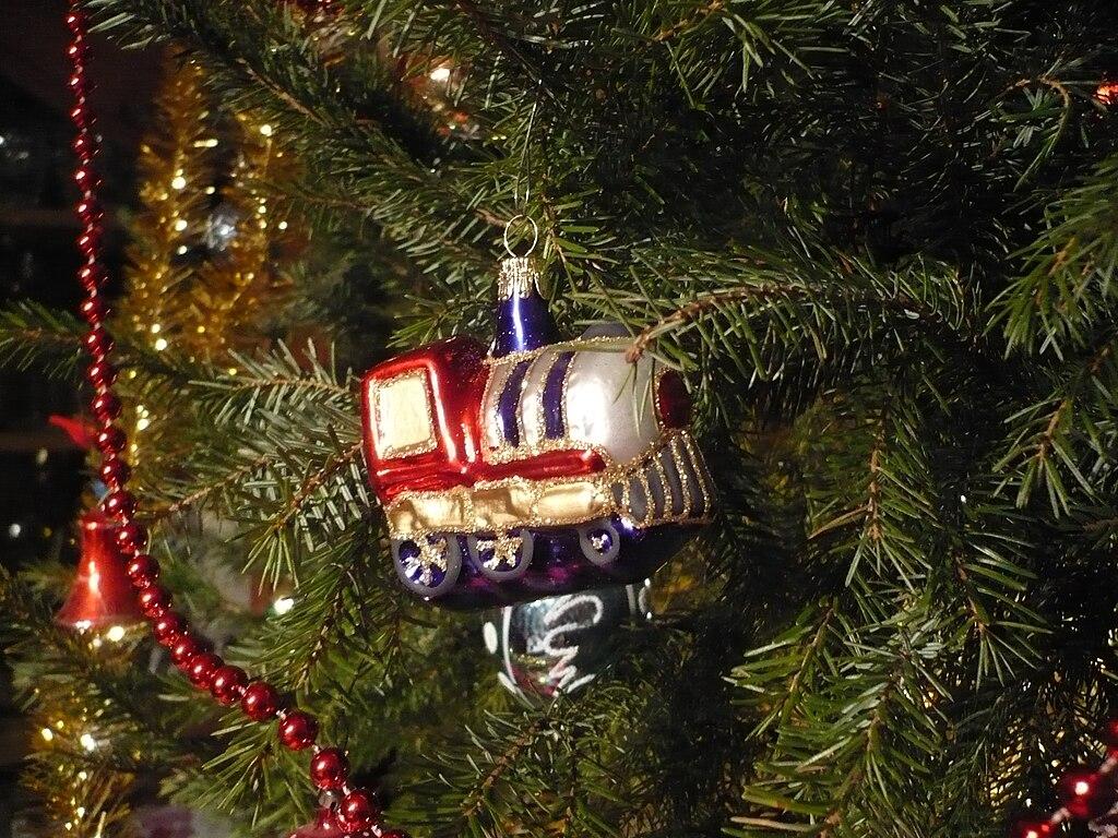 Christmas Tree Glass Finial