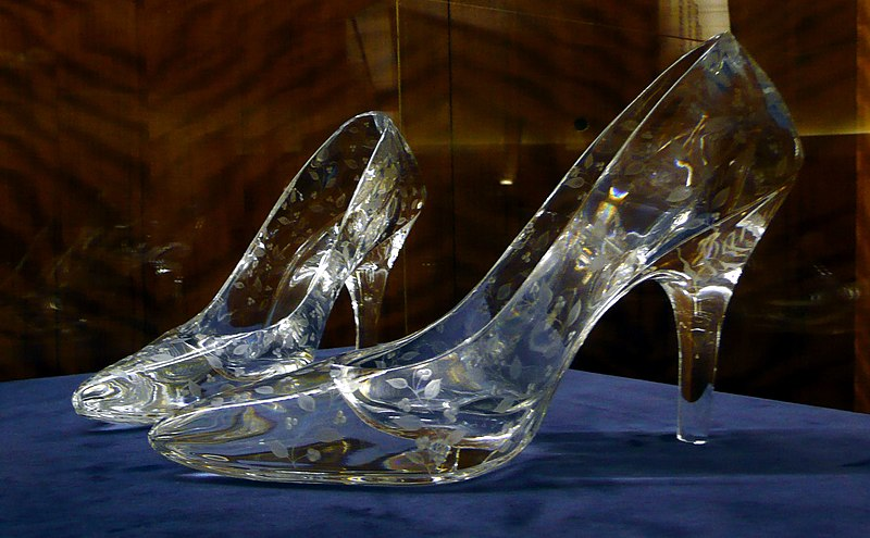 File:Glass slippers at Dartington Crystal.jpg