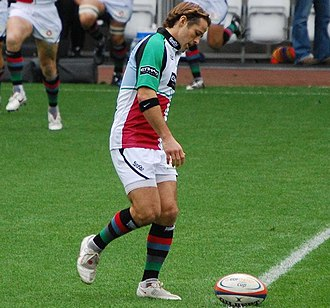 Andy Gomarsall - Gomarsall in action for Harlequins