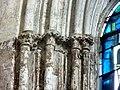 Gournay-en-Bray (76), collégiale St-Hildevert, chœur, chapiteaux à gauche de la baie du chevet.jpg