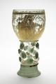 Grönt glas från 1600-talet målat med guld - Skoklosters slott - 93351.tif
