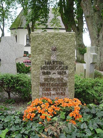 Могила Хайдеггера в Месскирхе