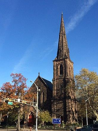 Grace Church (Newark) - Image: Grace Church Newark in Fall