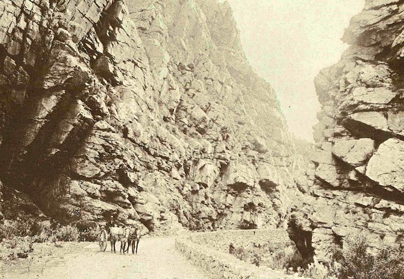 File:Great Swartberg Pass soon after being cut - Cape Colony.jpg