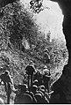 Grupa niemieckich spadochroniarzy na froncie włoskim (2-2256).jpg