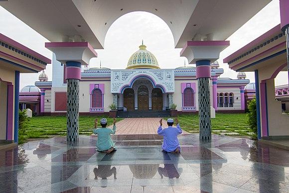 Guthia Mosque 04.jpg