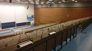 Hörsaalzentrum Chemie - Großer Hörsaal 02.jpg