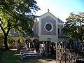 Hřbitov Malvazinky, kostel svatých Filipa a Jakuba (01).jpg