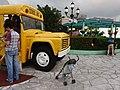 HK Shatin 史諾比開心世界 Snoopy's World yellow school bus head n visitors May 2016 DSC.JPG