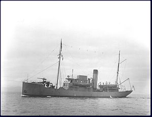 Canadian Vickers - The Battle-class trawler HMCS Armentières