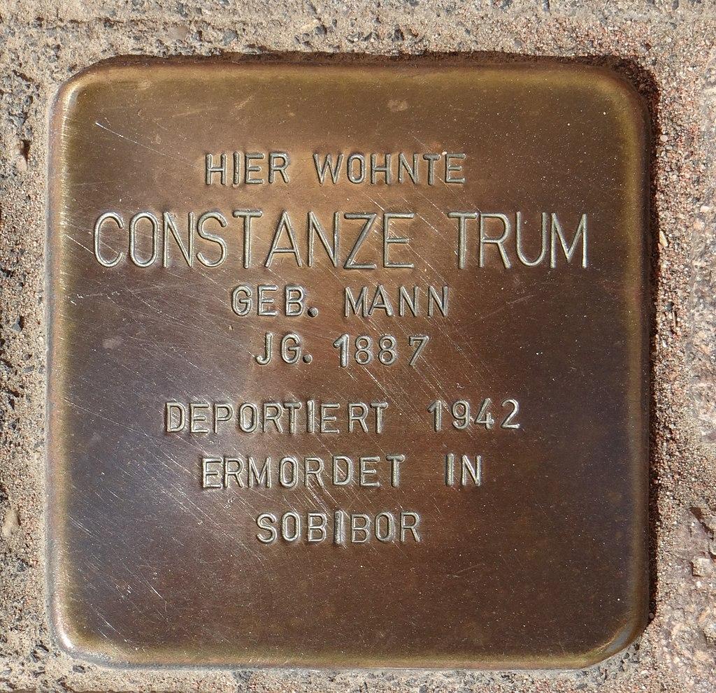 Hahnheim Stolperstein Untere Hauptstraße 2 Constanze Trum.jpg