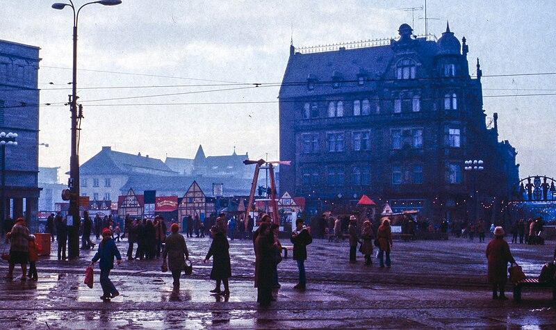 File:Halle (Saale), Innenstadt -- 1980 -- 1.jpg