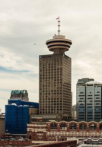 Harbour Centre - Image: Harbour Centre, Vancouver, Canadá, 2017 08 14, DD 30