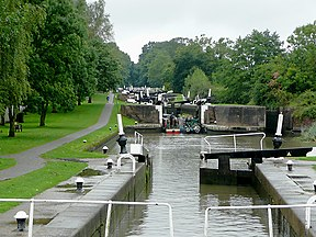 Hatton Locks, Warwickshire - geograph.org.uk - 1709578.jpg