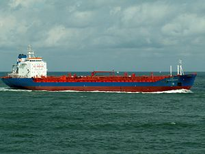 Havelstern - IMO 9053218, approaching Port of Rotterdam, Holland 06-Aug-2005.jpg