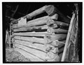 Hay barn, southeasat corner - flat and saddle type notches - Trump-Lilly Farm, Hinton, Summers County, WV HABS WVA,45-HINT.V,1-46.tif