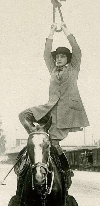 Helen Gibson - The Hazards of Helen (1916)