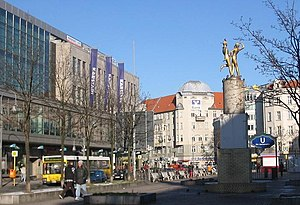 Neukölln (locality) - Hermannplatz