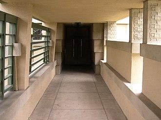 Hollyhock House - Image: Hollyhock House entrance