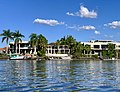 Houses at Hope Island seen from Coomera River, Queensland 20.jpg