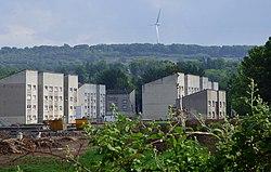 Houses on Kirkconnel Drive (geograph 5410041).jpg