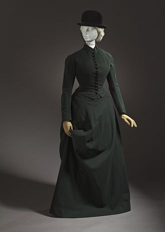 Broadcloth - 1878 woman's riding habit/hunting dress in dark green habit cloth. Scotland. LACMA M.2007.211.779.1a-b