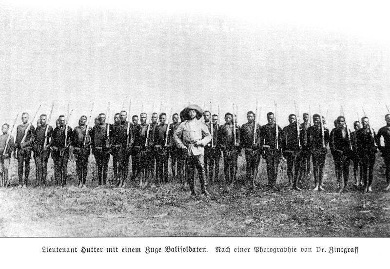 File:Hutter with bali soldiers.jpg