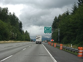 Washington State Route 18 - I-90 eastbound approaching its interchange with SR 18, which will be replaced by a new interchange after the conversion of SR 18 to a full freeway around Tiger Mountain.