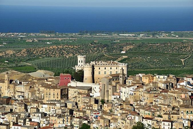 Il Castello Ducale di Corigliano Calabro, 15-09-2017 (Contrada Costa) 3.jpg