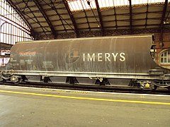 Imerys freight container wagon, Bristol Temple Meads station - DSC05880.JPG