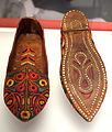 Indian juttis, late 20th century, Punjab - Bata Shoe Museum - DSC00432.JPG