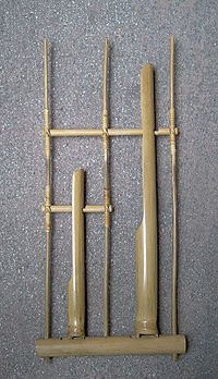 Indonesian angklung 001.JPG