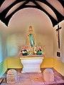 Intérieur de la chapelle sainte Marguerite.jpg