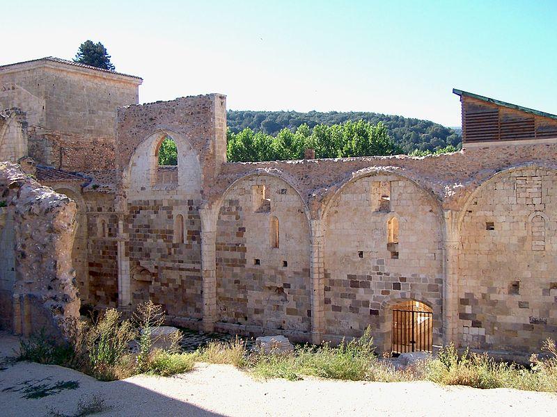 Interior del Monasterio de San Pedro de Arlanza.jpg
