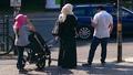 Islamische-familie-frau-abaya-kopftuch-hidschab 20170721.png