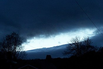 English: It was a 'dark and stormy night' ... ...