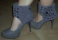 Как называются высокие ботинки на шнуровке