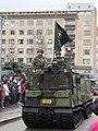 Itsenäisyyspäivän paraati 2015 23 Kainuun prikaatin lippu.JPG