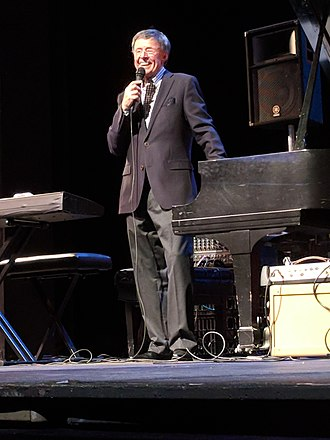 Gap Mangione - Image: JCC Rochester Jazz Festival 2018Gap Mangione Introduces The Next Number