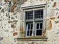 Jaleyrac, fenêtre à meneaux.jpg
