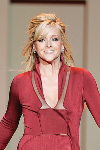 Jane Krakowski - Krakowski in the 2007 Red Dress Collection for the Heart Truth