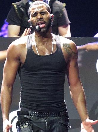 Jason Derulo - Derulo performing in 2013
