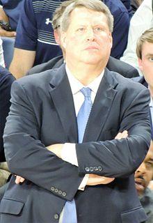 Jeff Jones (basketball) American basketball player-coach