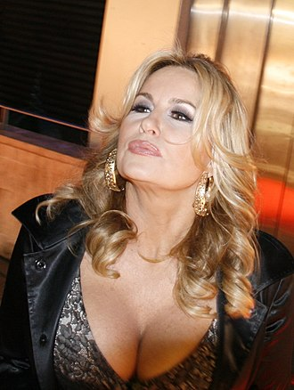 Jennifer Coolidge - Coolidge at the American Reunion  premiere in March 2012