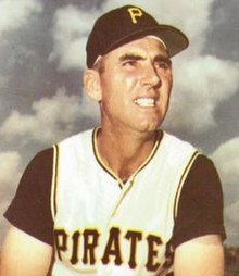 Jerry Lynch - Pittsburgh Pirates - 1966.jpg
