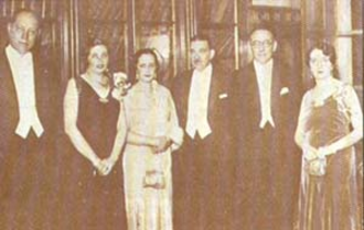 Roberto Urdaneta Arbeláez - Enrique Olaya Herrera, María Michelsen de López, Clemencia Holguin de Urdaneta, Roberto Urdaneta Arbeláez, Alfonso López Pumarejo and María Teresa Londoño de Olaya. (Jockey Club de Bogotá - August 7, 1934)