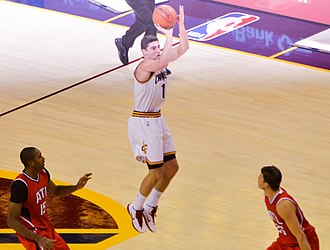 Joe Harris (basketball) - Harris attempting a shot with the Cavaliers in 2014